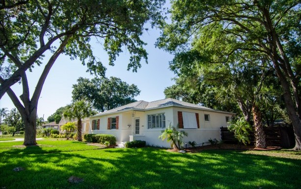 345 34th Ave NE – St. Petersburg, FL