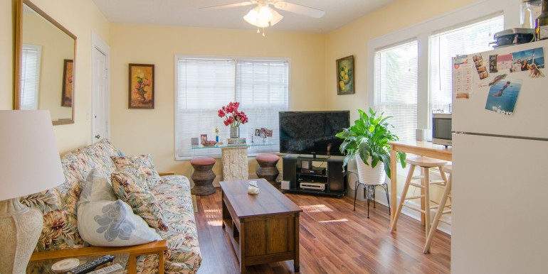 1255-10th-St-N-Saint-print-014-Living-Room-Apt-1-4200x2534-300dpi-770x386