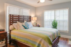 1255-10th-St-N-Saint-print-016-Bedroom-1-Apt-1-4200x2598-300dpi-770x386