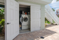 3830 Shore Acres Blvd NE Saint-large-029-Laundry-1500x994-72dpi