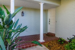 5166-Horseshoe-Pl-Ne-large-003-Entry-Detail-1500x994-72dpi-770x386