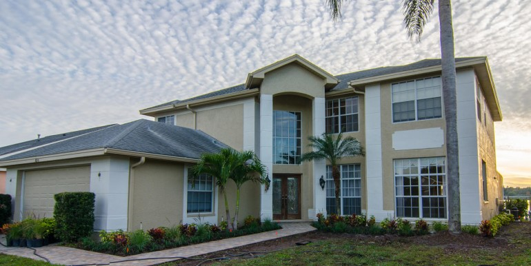820-Christina-Cir-Oldsmar-FL-large-006-Front-of-Home-1398x1000-72dpi-770x386