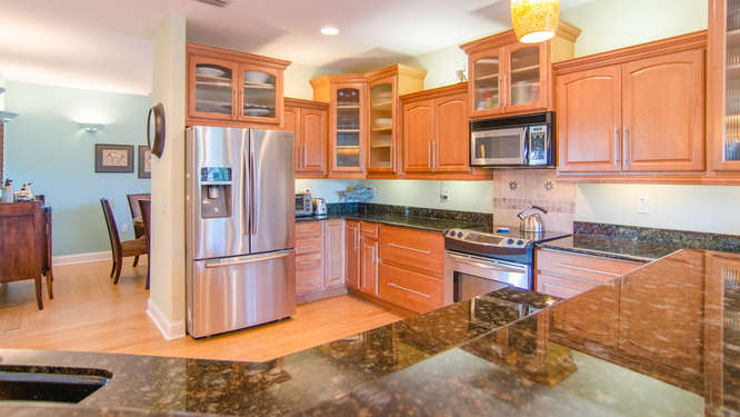 2043 Bayou Grande Blvd NE-small-005-26-Kitchen-666x376-72dpi