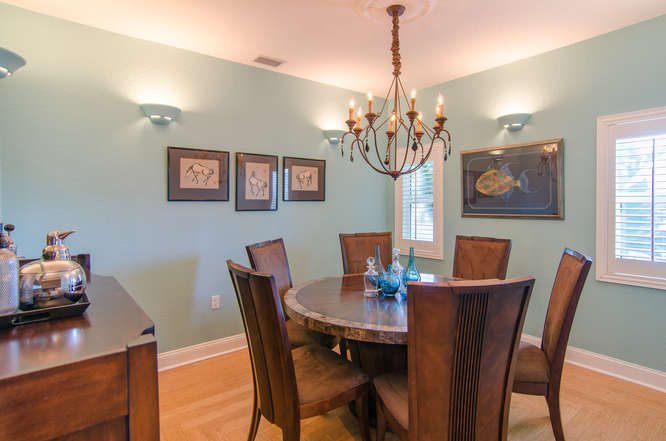 2043 Bayou Grande Blvd NE-small-007-20-Dining Room-666x442-72dpi