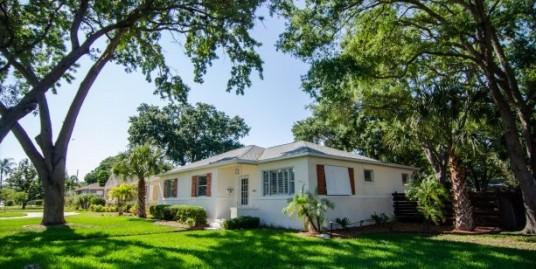 345 34th Ave NE – St. Petersburg, FL