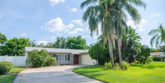 1122 45th Ave NE – Saint Petersburg, FL