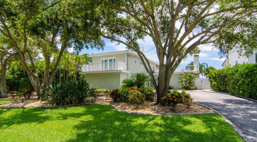 3830 Shore Acres Blvd NE Saint-large-001-Front of Home-1500x994-72dpi
