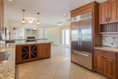 3830 Shore Acres Blvd NE Saint-large-011-Kitchen-1500x994-72dpi