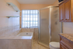 3830 Shore Acres Blvd NE Saint-large-018-Master Bath-1500x994-72dpi