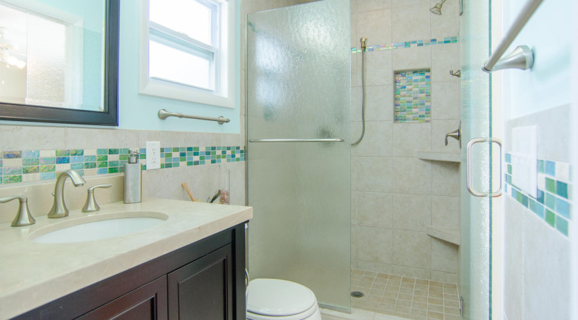 3830 Shore Acres Blvd NE Saint-large-022-Bathroom-1459x1000-72dpi