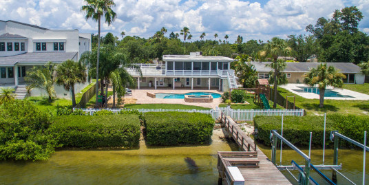 3830 Shore Acres Blvd NE, St. Petersburg FL