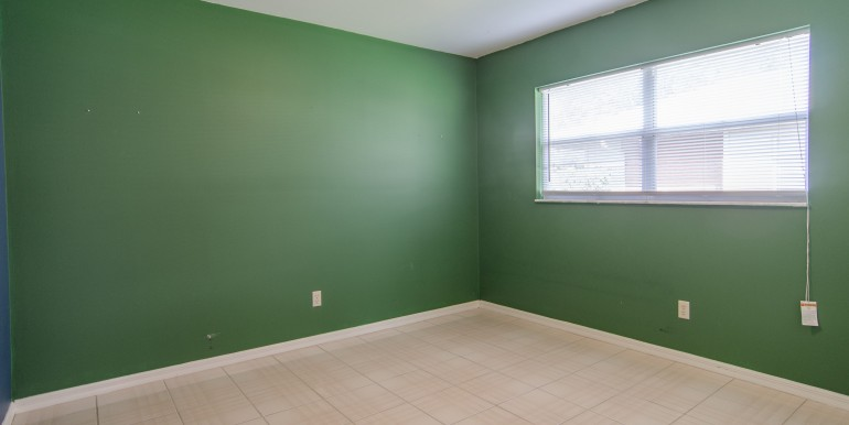 1720-Glen-Lakes-Blvd-N-Saint-print-017-16-Bedroom-3-4200x2707-300dpi-770x386